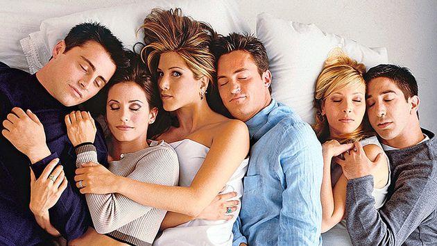 """""""Friends"""" leur a donné envie de vivre en colocation, ils racontent"""