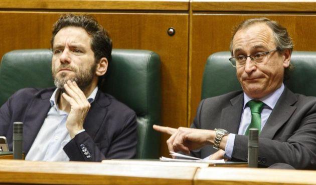Semper (izq) y Alonso (der) en una imagen de