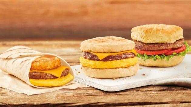 Les hamburgers Beyond Meat disparaîtront de tous les magasins, mais les sandwichs de petit-déjeuner...