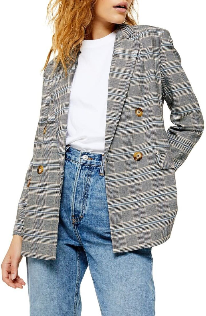 An oversized plaid blazer is a great way to dabble in 1970s-inspired style.