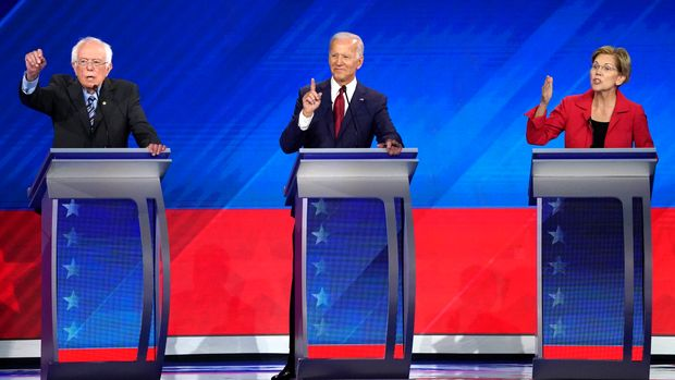 Senator Bernie Sanders, former Vice President Joe Biden and Senator Elizabeth Warren (L-R) participate in the 2020 Democratic U.S. presidential debate in Houston, Texas, U.S. September 12, 2019. REUTERS/Mike Blake