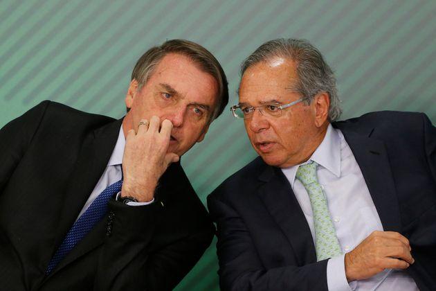 Equipe econômica de Bolsonaro, liderada pelo ministro Paulo Guedes, quer reduzir quadro de servidores