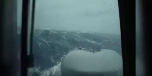 Μάχη με τα κύματα για τον εντοπισμό του χαμένου υποβρυχίου του ναυτικού της