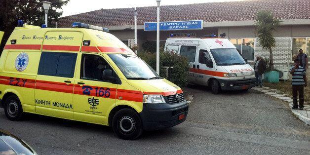 Ένας νεκρός και τρεις τραυματίες σε συμπλοκή μεταναστών σε χωριό της