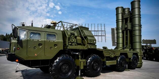 Russian S-400 anti-aircraft missile launching system is displayed at the exposition field in Kubinka...