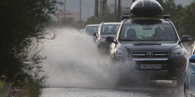 Προβλήματα σε δρόμους της Αττικής, λόγω συσσώρευσης