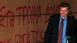 Χουντής σε Κομισιόν: Σας ζήτησε ή όχι ο Τόμσεν την επίσπευση των διαδικασιών ελάφρυνσης του ελληνικού