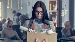 Η ανεργία δεν είναι κολλητική: Πώς να μιλήσεις και τι να κάνεις όταν ένας δικός σου άνθρωπος χάσει τη δουλειά