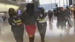 «Δεν πήγε μόνη της στο Χονγκ Κονγκ» λέει ο δικηγόρος του 19χρονου μοντέλου που συνελήφθη με