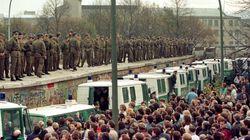 Τείχος του Βερολίνου: 28 χρόνια από την πτώση του μεγαλύτερου συμβόλου του Ψυχρού