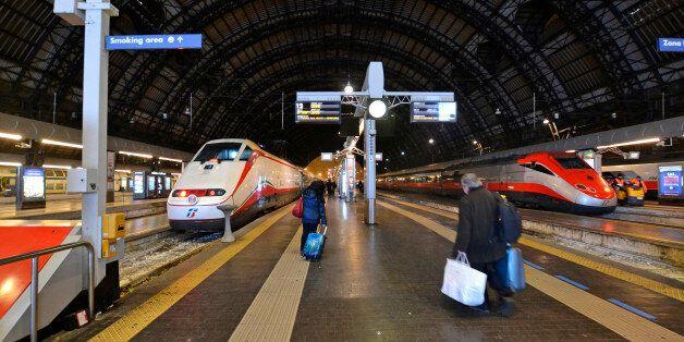 [UNVERIFIED CONTENT] Trains Trenitalia 'Frecciarossa' (R) and 'Frecciabianca' (L) in Milano Centrale...