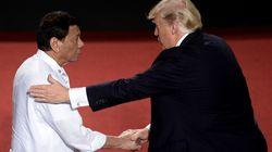 Τι συζητήθηκε στη συνάντηση Τραμπ-Ντουέρτε στις Φιλιππίνες. Κλείνει την περιοδεία του ο Αμερικανός