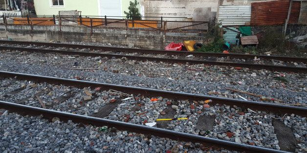 Λάρισα: Τρένο παρέσυρε και σκότωσε παιδί. Tι αναφέρει για το τραγικό δυστύχημα ο Δήμος