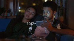 Ακόμα και οι σκληροπυρηνικοί φαν της Apple θα γελάσουν με τη νέα, καυστική διαφήμιση της