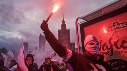 Την ημέρα ανεξαρτησίας της Πολωνίας, οι δρόμοι της χώρας γέμισαν ξενοφοβία και