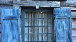 Το πρώτο ξύλινο σχολείο-σπίτι στις ΗΠΑ φτιάχτηκε από Έλληνες τον 18ο αιώνα. Και αυτή είναι η ιστορία