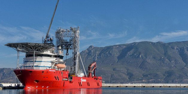 Έρευνες στον Κορινθιακό με το πλοίο-γεωτρύπανο Fugro Synergy. Τρυπάνε 750μ κάτω από το βυθό
