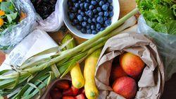 Δεν θέλουμε να σας αγχώσουμε, αλλά τόσο καιρό πλένετε τα φρούτα και τα λαχανικά σας με εντελώς λάθος