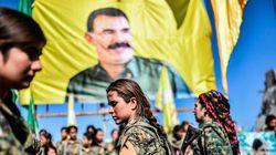 Συρία: Οργή της Άγκυρας για το λάβαρο του Αμπντουλάχ Οτσαλάν που υψώθηκε στο κέντρο της
