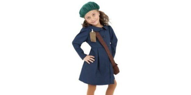 Δημιούργησαν αποκριάτικη στολή «Άννα Φρανκ». Ποικίλες οι αντιδράσεις στο