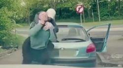 Βίντεο: Επίθεση τραμπούκων σε αθλητή ΜΜΑ μετά από «τσαμπουκάδες» στον
