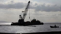 Συνεχίζονται οι εργασίες καθαρισμού των ακτών του