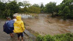 Η τροπική καταιγίδα Νέιτ οδεύει προς τη Λουιζιάνα μετά το φονικό πέρασμά της από την κεντρική