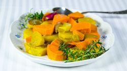 Συνταγή για γλυκοπατάτες φούρνου αρωματισμένες με