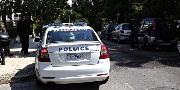 Ένοπλοι άρπαξαν περιπολικό της ασφάλειας από αστυνομικό στο Π.