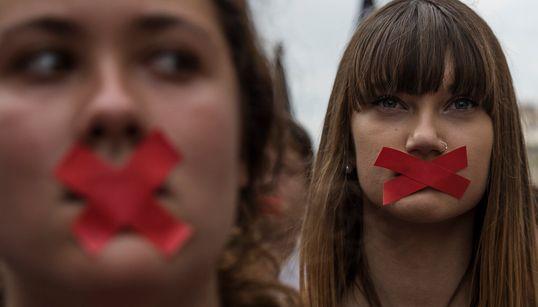 Η επόμενη ημέρα στην Ισπανία: Πορείες στην Καταλονία κατά της αστυνομικής