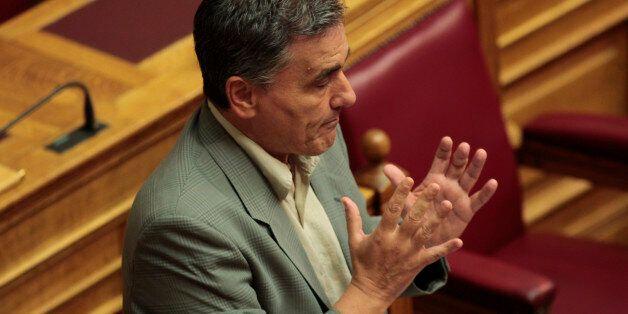 Τσακαλώτος: Η τρίτη αξιολόγηση θα κλείσει εγκαίρως, το θέμα με τις τράπεζες έχει