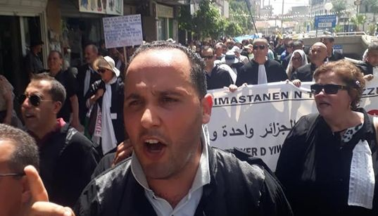 Marche des avocats à Tizi