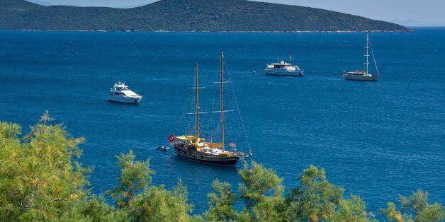 Ανοιχτό σε διάλογο με την Τουρκία για τον θαλάσσιο τουρισμό το υπουργείο Ναυτιλίας, αρκεί να τηρείται...