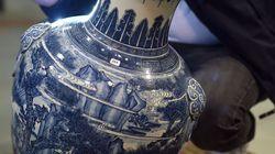 Κινεζικό βάζο πωλείται στην τιμή ρεκόρ των 4,3 εκατομμυρίων ευρώ σε