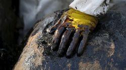 «ΑΓ.ΖΩΝΗ ΙΙ»: Τουλάχιστον 800 τόνοι μαζούτ έχουν απαντληθεί. Σαντορινιός: Την ευθύνη για τη ρύπανση έχουν η εταιρεία και η