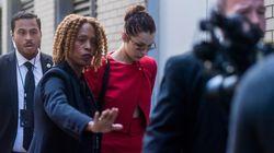 Βίντεο: Η Bella Hadid έγινε έξαλλη με το σωματοφύλακά της επειδή έσπρωξε μία