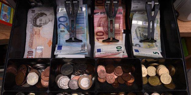 Ο ρόλος των μετρητών: Διατήρηση των πελατών και δεσμός με τους