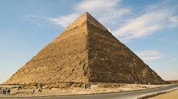 Γυμνή στις Πυραμίδες: Μοντέλο από το Βέλγιο βρέθηκε σε φυλακή στην Αίγυπτο λόγω προκλητικής