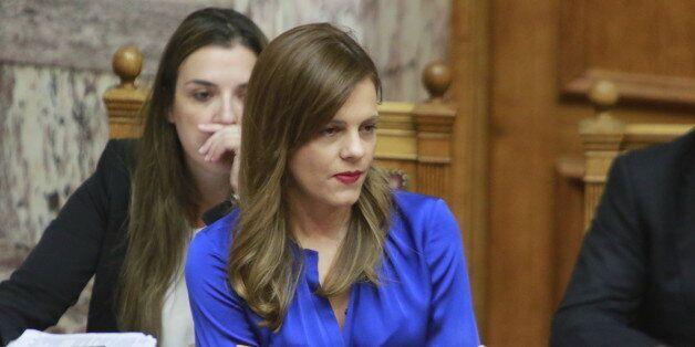 Αντιπαράθεση στη Βουλή για την απόσυρση άρθρου που αφορά την προστασία των
