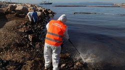 Εισαγγελία Πειραιά: Ποινική δίωξη κατά παντός υπευθύνου για το ναυάγιο και τη ρύπανση του «Αγία Ζώνη