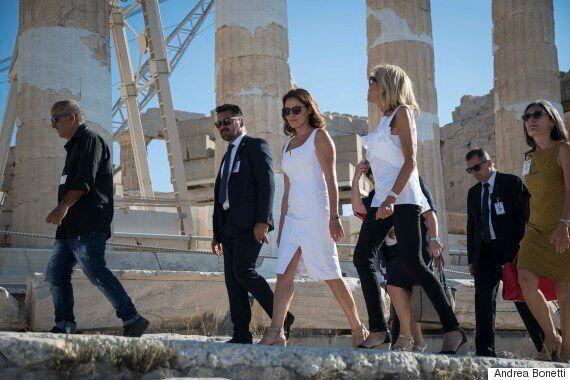Μπριζίτ Μακρόν και Μπέτυ Μπαζιάνα στον Ιερό Βράχο της Ακρόπολης και το Ίδρυμα Σταύρος