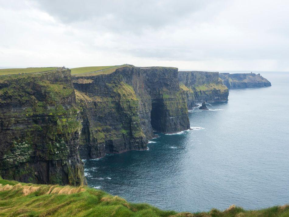 A cena intensa na caverna com um Horcrux, no sexto filme, foi rodada nos famosos Penhascos de Moher, na Irlanda.