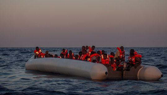 Έκθεση ΟΗΕ: Μείωση της ροής προσφύγων στην Ευρώπη, αλλά παραμένει ο κίνδυνος θανάτου και