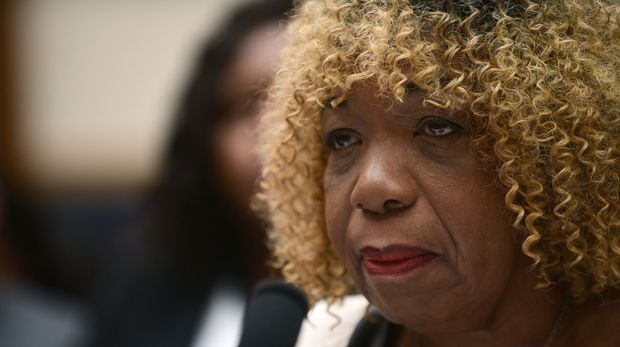 WASHINGTON, DC - SEPTEMBER 19:  Gwen Carr mother of Eric Garner testifies before the House Judiciary Committee on policing practices in the United States on September 19, 2019 in Washington, DC. Eric Garner was killed in a controversial choke-hold by a NYPD police officer. (Photo by Astrid Riecken/Getty Images)