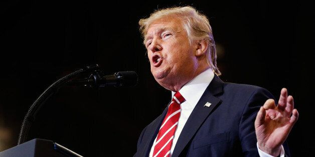 U.S. President Donald Trump speaks at a campaign rally in Phoenix, Arizona, U.S., August 22, 2017. REUTERS/Joshua