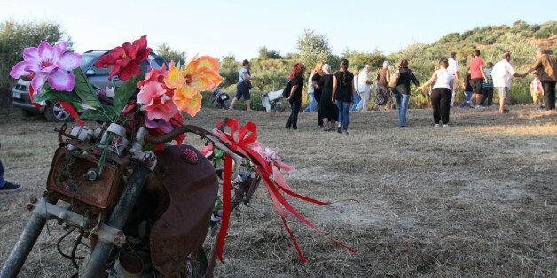 Οργή από τους συγγενείς των θυμάτων της φονικής πυρκαγιάς στην Ηλεία για τις μουσικές εκδηλώσεις