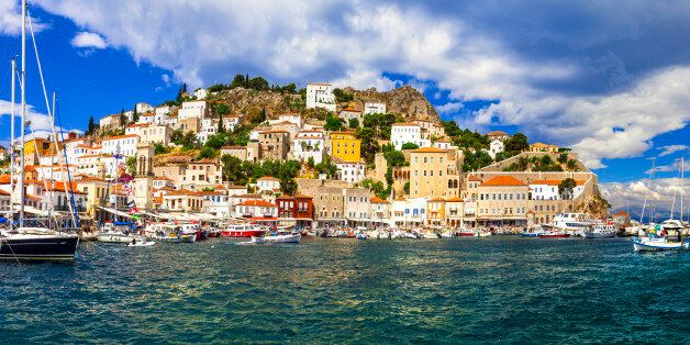 Pictorial port of Hydra