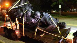 ΗΠΑ - Βαλτιμόρη: Κατέβασαν τα αγάλματα ιστορικών προσωπικοτήτων του Νότου, για να αποφευχθούν
