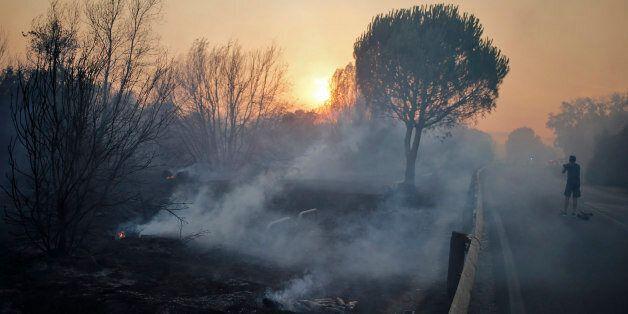 Ισχυρές πυρκαγιές εξακολουθούν να μαίνονται στην κεντρική Πορτογαλία και την