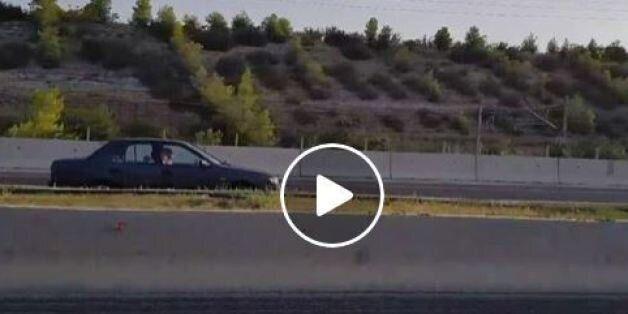 Βίντεο: Αυτοκίνητο κινείται επί χιλιόμετρα στο αντίθετο ρεύμα στην Εθνική οδό Αθηνών -